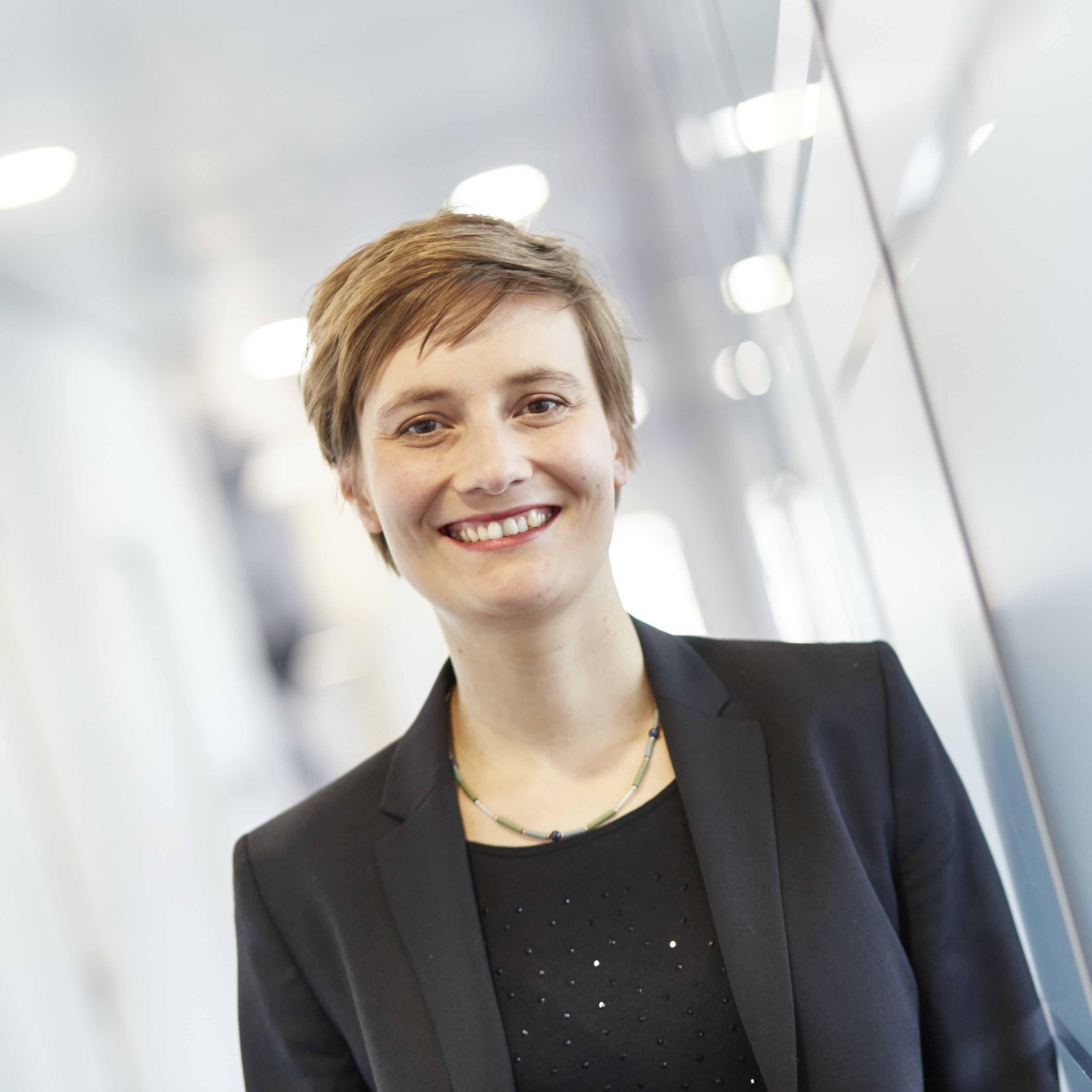 Prof Dr Lisa Duehring_quad